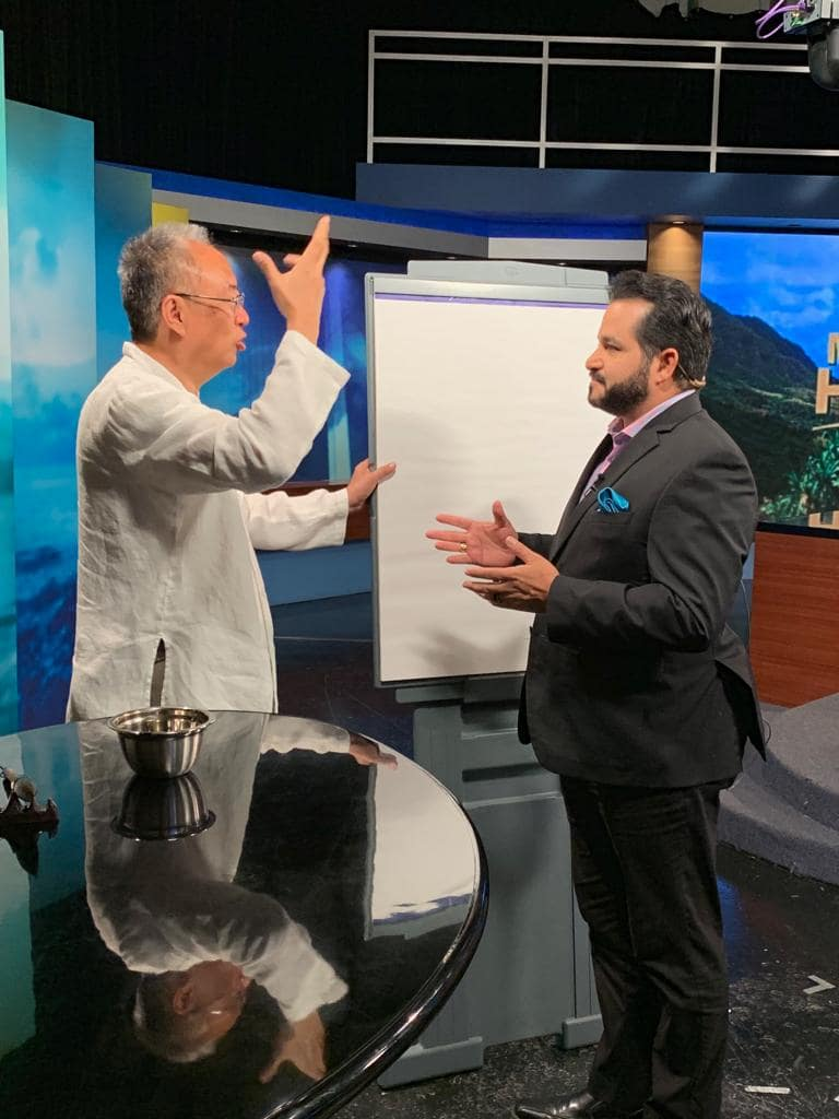 Master Sha Writes Tao Calligraphy on KITV4 Morning News in Hawaii  March 14 2019 5